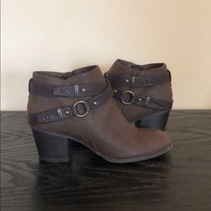 Indigo rd brown faux leather booties